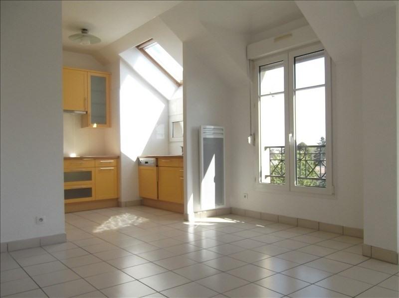 Rental apartment Voisins le bretonneux 1592€ CC - Picture 5