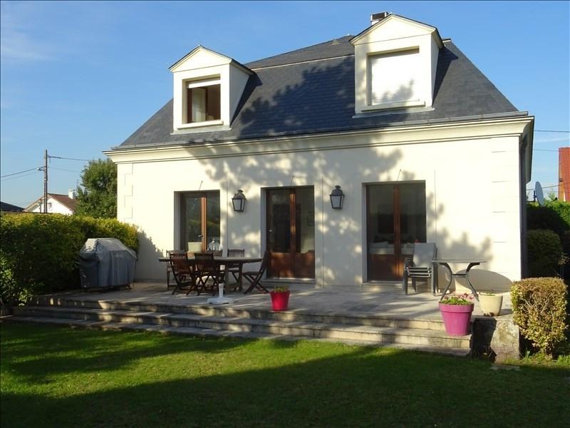 Sale house / villa Marly le roi 950000€ - Picture 1
