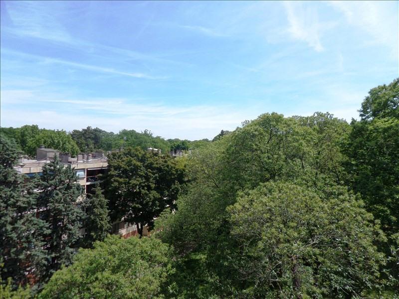 Sale apartment La celle st cloud 310000€ - Picture 4