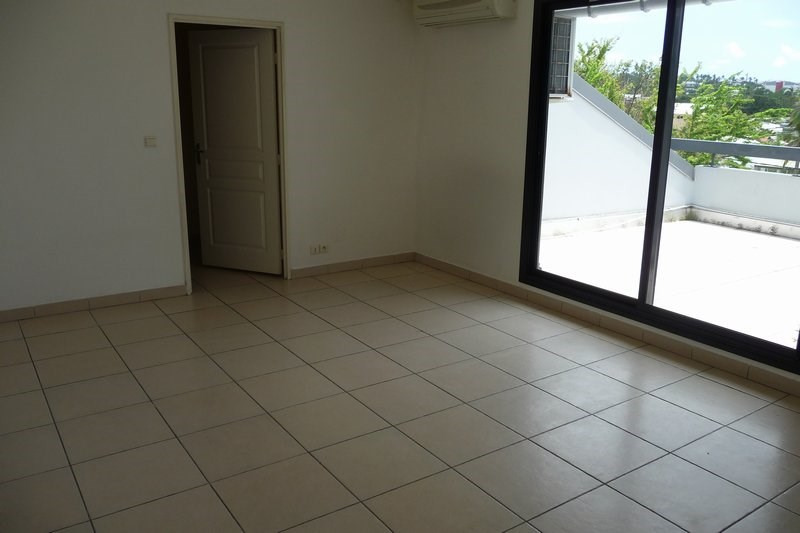 Vente appartement La possession 140 000€ - Photo 2
