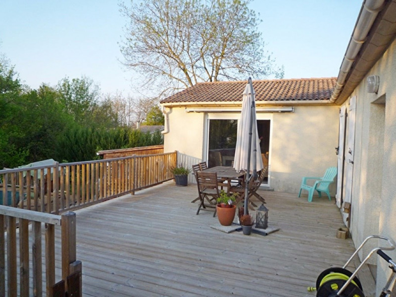 Sale house / villa Foulayronnes 254000€ - Picture 9