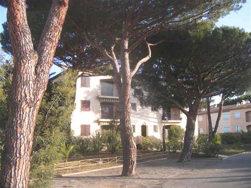 Vacation rental apartment Les issambres 375€ - Picture 6