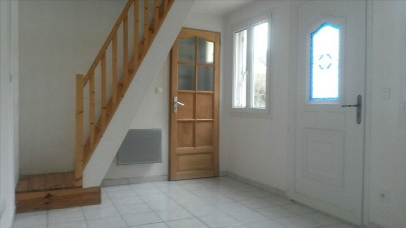Rental apartment Verneuil en halatte 450€ CC - Picture 1
