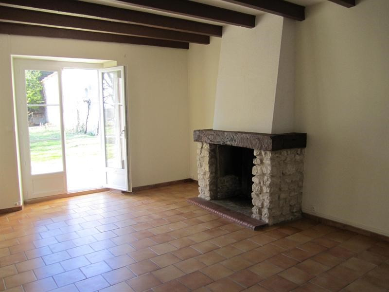 Sale house / villa Barbezeux st hilaire 130000€ - Picture 5