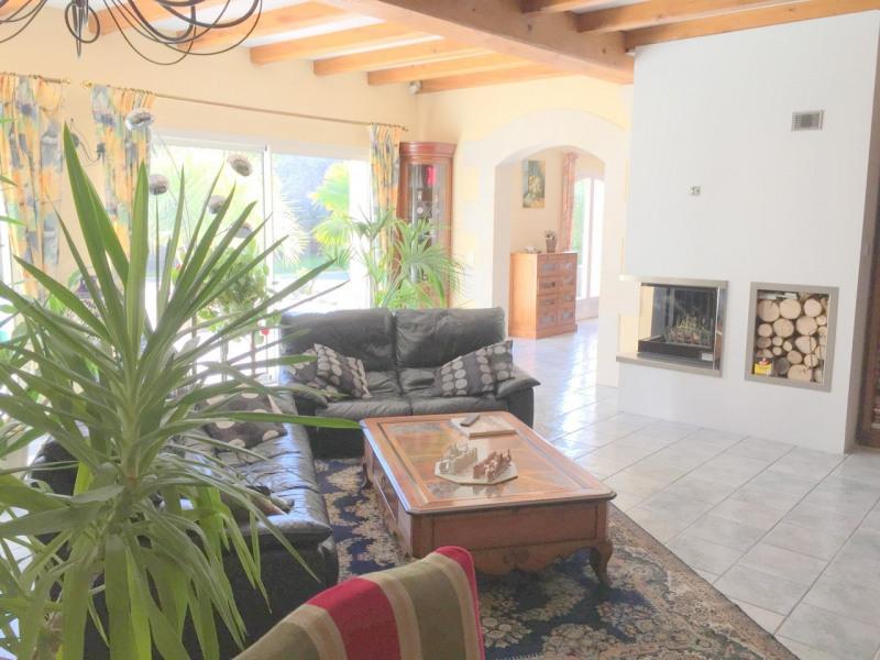 Sale house / villa Salles-d'angles 369250€ - Picture 2