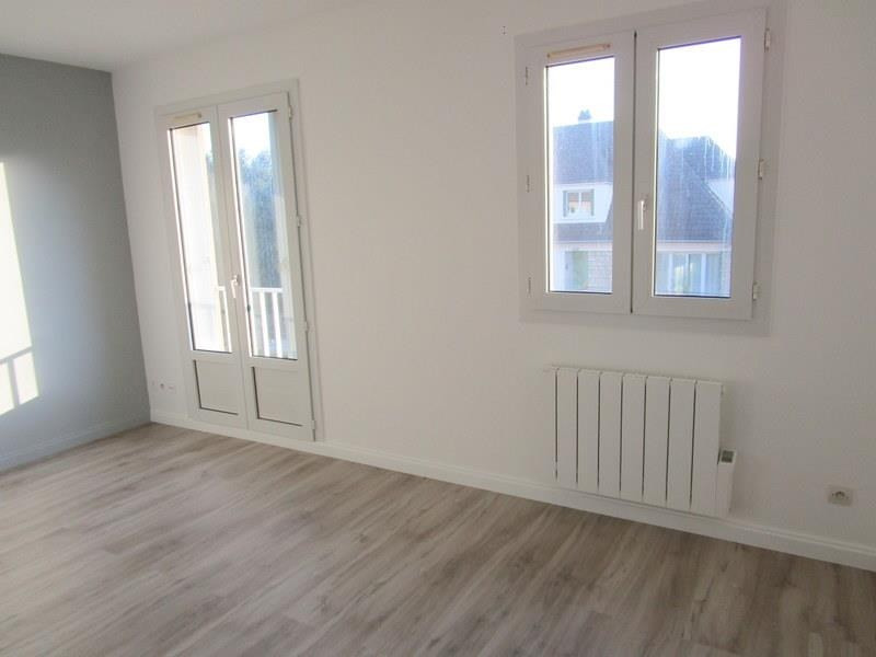 Location appartement Bailly 610€ CC - Photo 1