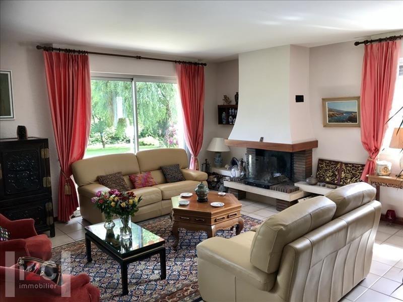 Sale house / villa Prevessin-moens 890000€ - Picture 2