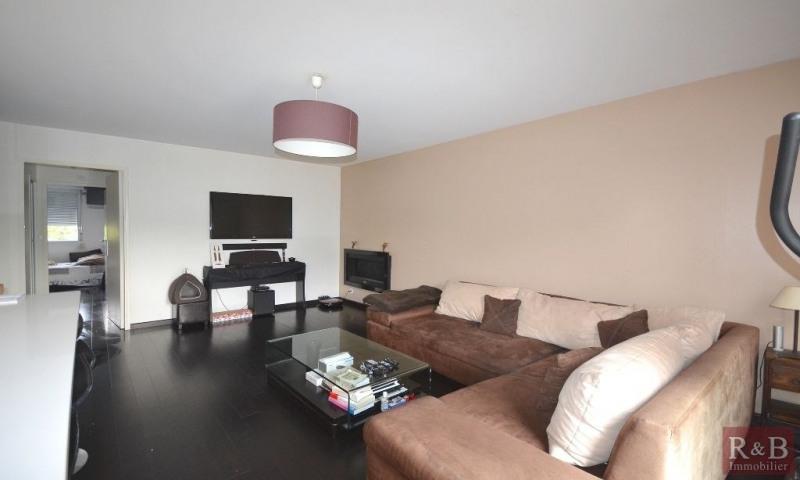 Sale apartment Les clayes sous bois 231000€ - Picture 2