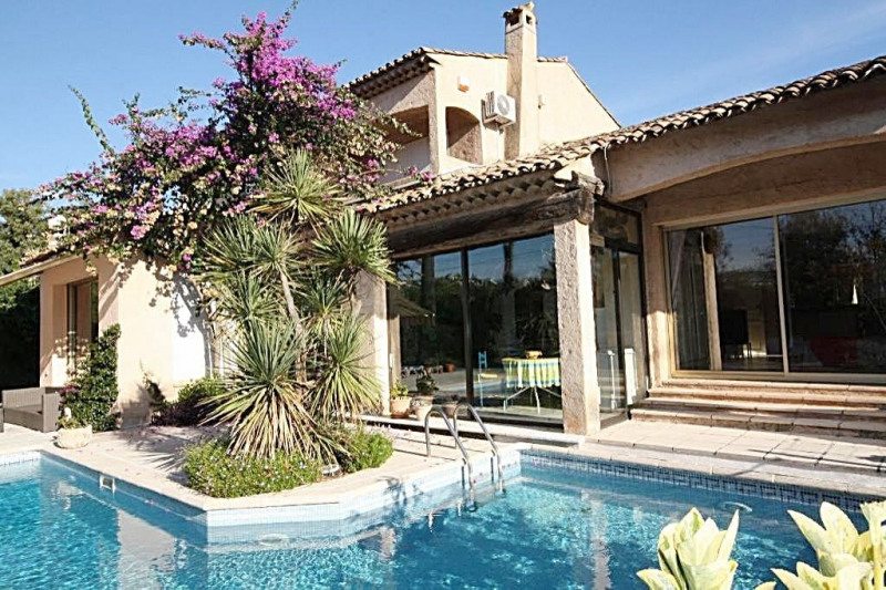 Deluxe sale house / villa Juan-les-pins 1 890 000€ - Picture 1