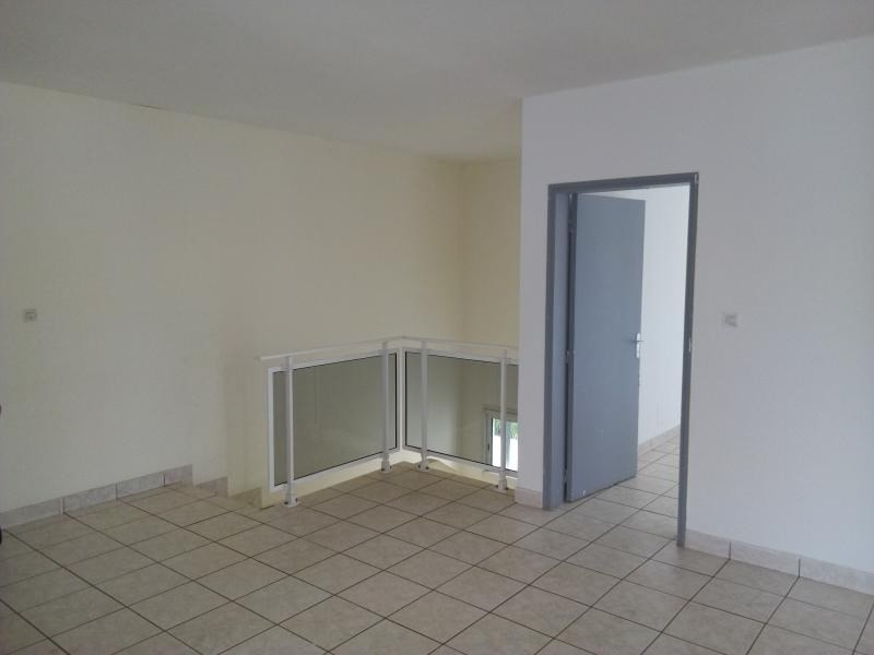 Location local commercial St pierre 3 000€ HT/HC - Photo 10