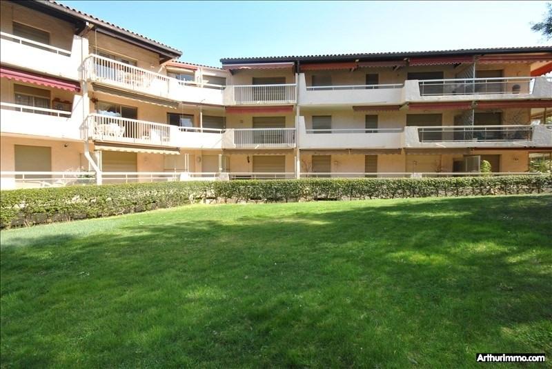 Sale apartment St raphael 445000€ - Picture 1