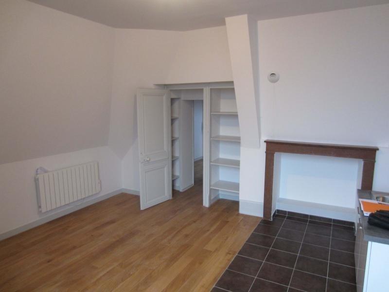 Rental apartment St beron 430€ CC - Picture 4
