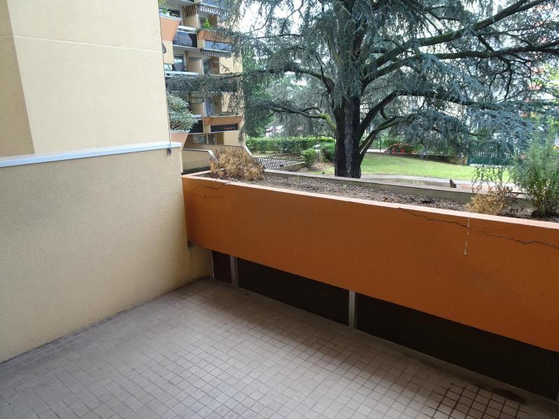 Location appartement Villefranche sur saone 964€ CC - Photo 8