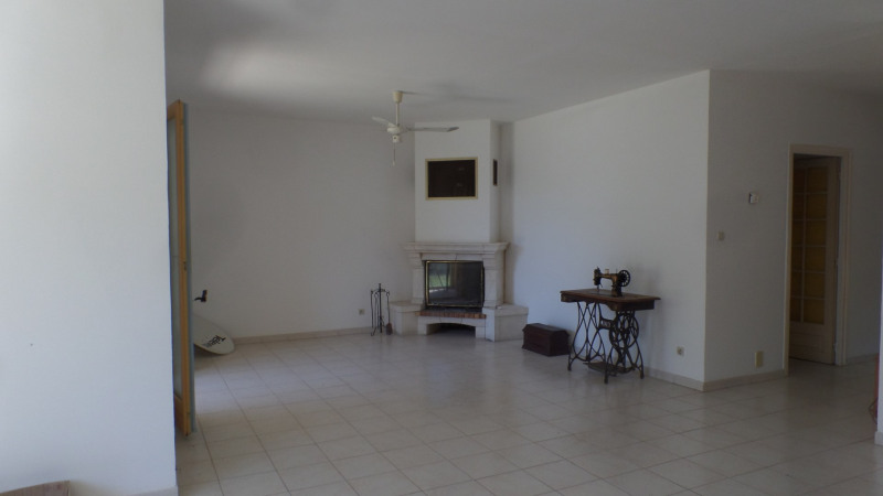 Vente maison / villa Grignan 283 500€ - Photo 5