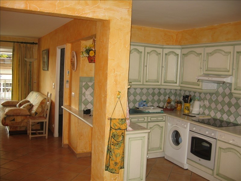 Rental apartment Antibes 1 250€ CC - Picture 6
