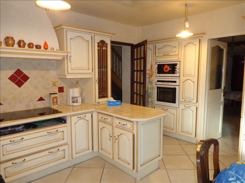 Sale house / villa Vineuil 350000€ - Picture 4