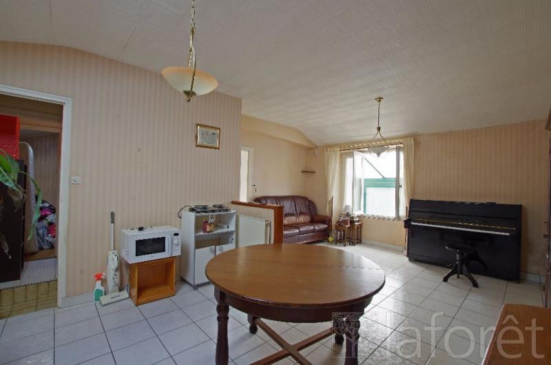 Sale house / villa Cholet 88000€ - Picture 1