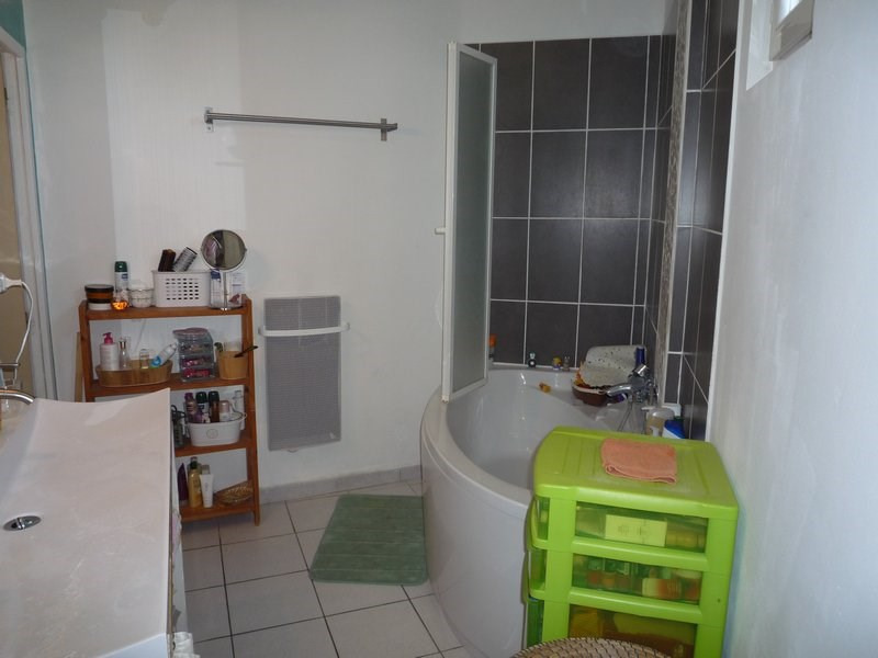 Vente maison / villa Serignan du comtat 210000€ - Photo 9