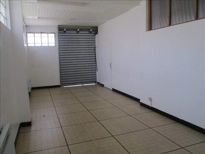 Location local commercial Carpentras 1050€ +CH/ HT - Photo 4