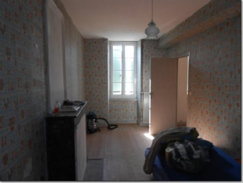 Sale house / villa St pierre de juillers 54 500€ - Picture 6