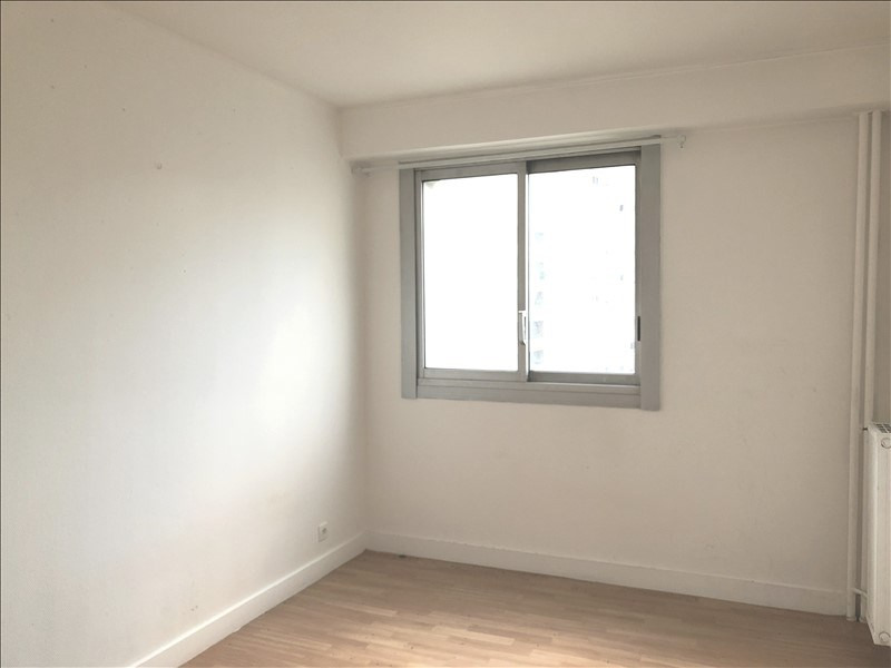 Rental apartment Courbevoie 1 125€ CC - Picture 3