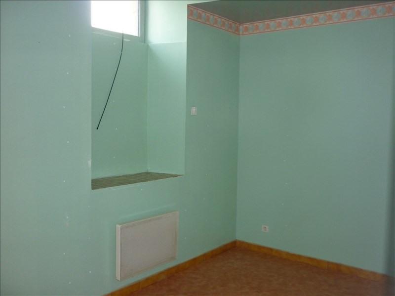 Rental apartment Retiers 400€ CC - Picture 4