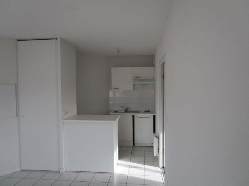 Sale apartment St savin 64 500€ - Picture 3