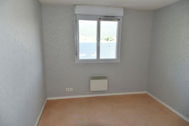 Rental apartment Bellignat 363€ CC - Picture 4