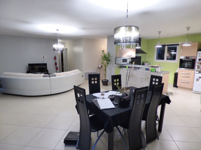Sale house / villa Gauriaguet 220000€ - Picture 3