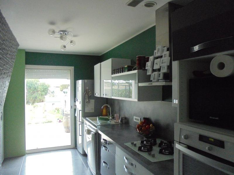 Sale house / villa Lunel 191500€ - Picture 2