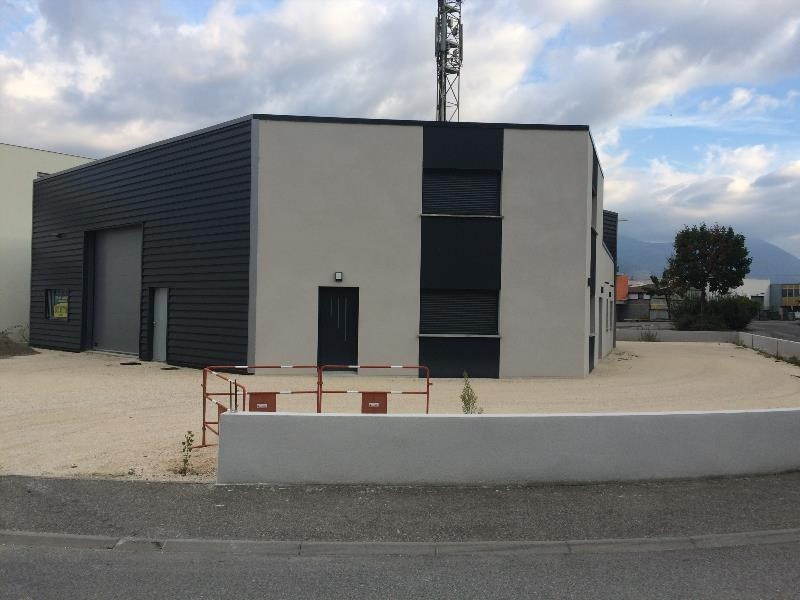 Location Local d'activités / Entrepôt Claix 0