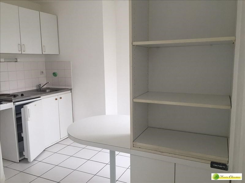 Location appartement Angouleme 405€ CC - Photo 2