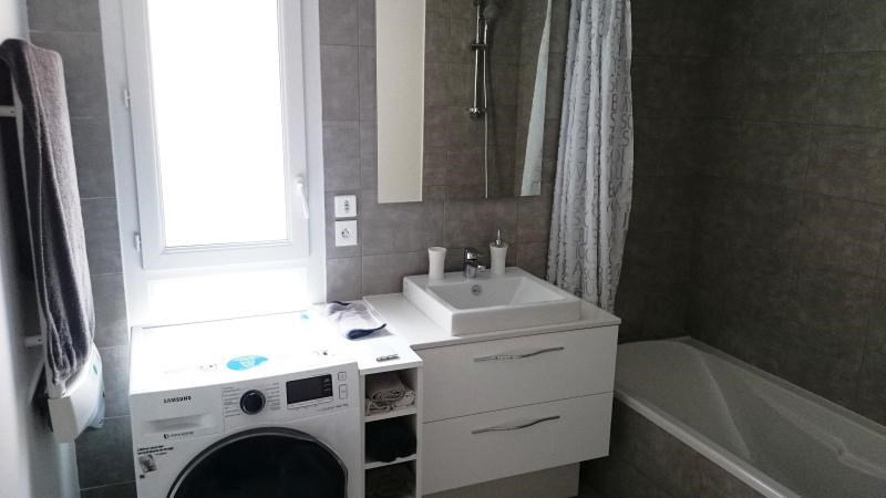 Location appartement Grenoble 649€ CC - Photo 3