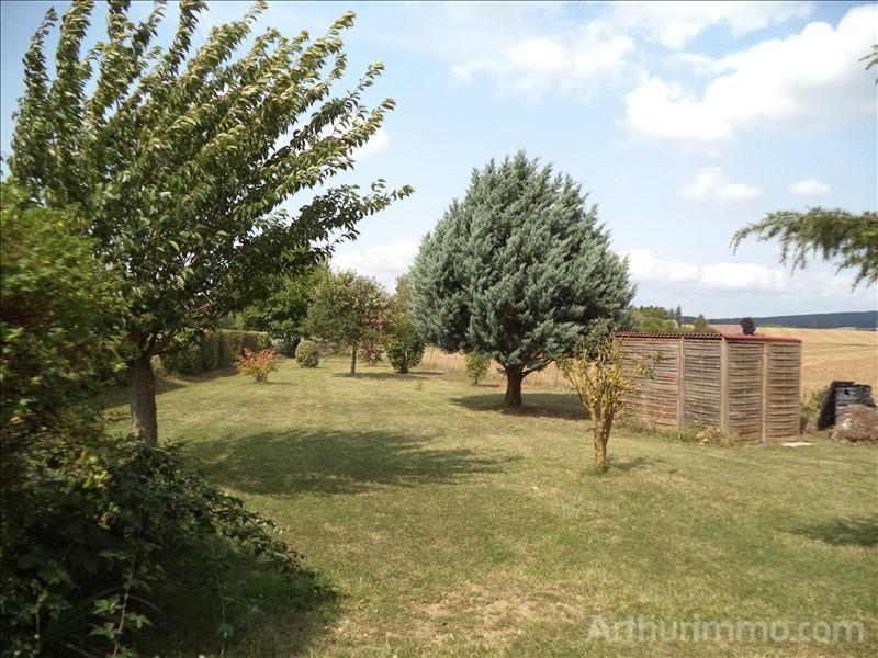Sale house / villa Feux 133000€ - Picture 2