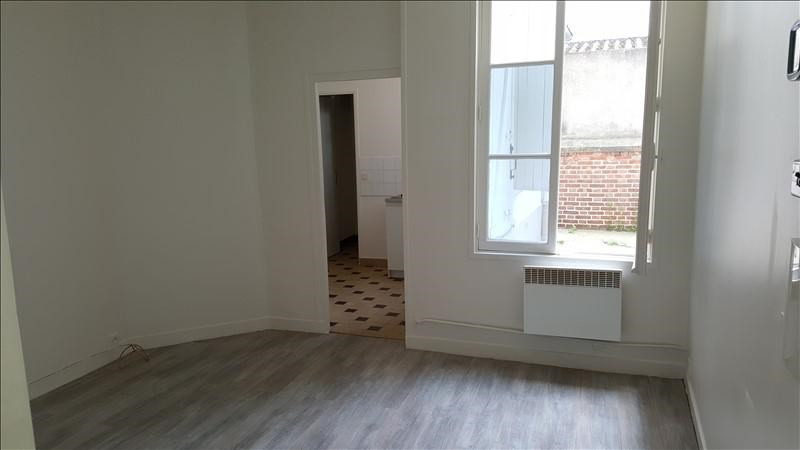 Location appartement Asnieres sur seine 750€ CC - Photo 1