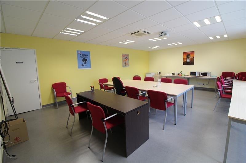 Vendita ufficio Voiron 385000€ - Fotografia 3