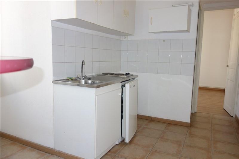 Locação apartamento Toulon 480€ CC - Fotografia 3
