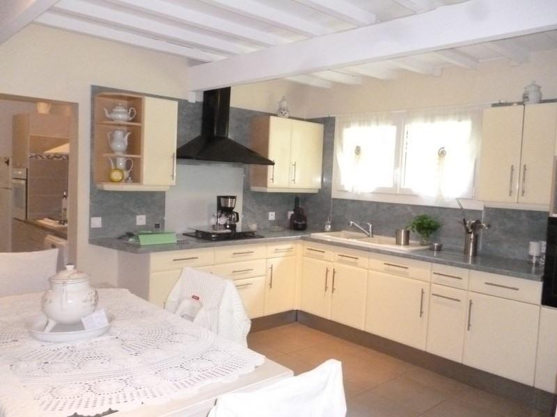 Sale house / villa St antoine sur l isle 232000€ - Picture 5