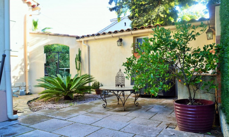 Sale house / villa La garde 367500€ - Picture 1