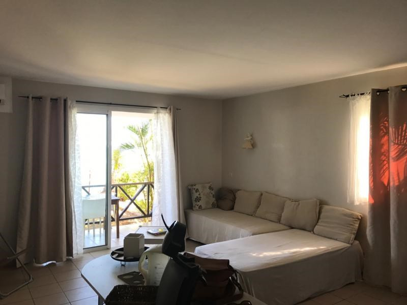Venta  apartamento St gilles les bains 252000€ - Fotografía 2