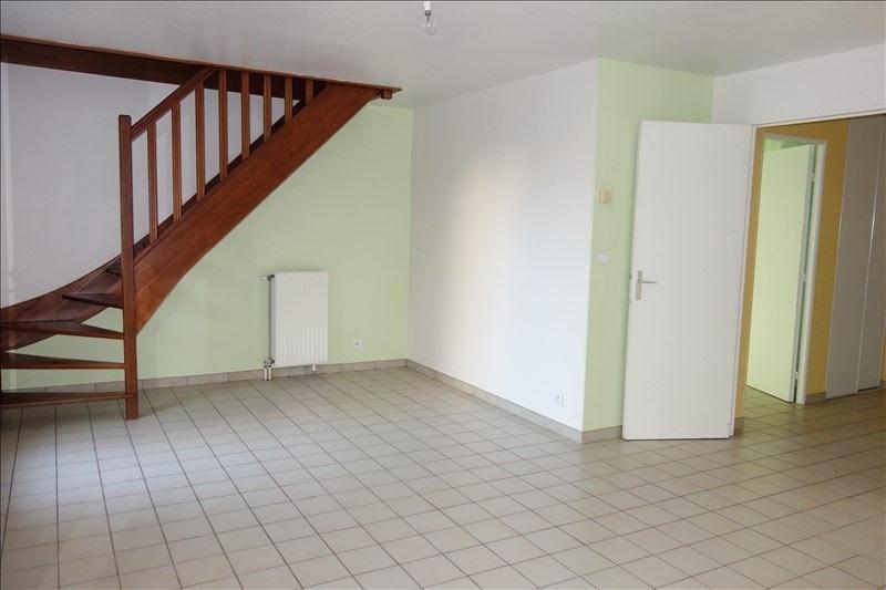 Rental house / villa Guyancourt 1350€ CC - Picture 3