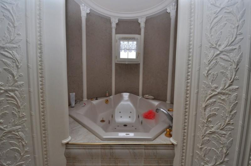 Sale house / villa Le val st germain 695000€ - Picture 13