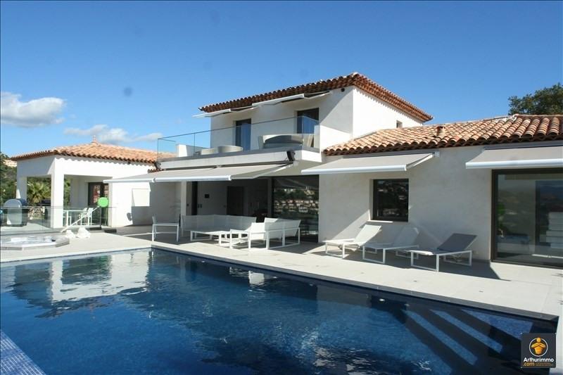 Deluxe sale house / villa Sainte maxime 1990000€ - Picture 1