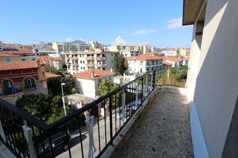 Rental apartment Nice 1 200€ CC - Picture 4