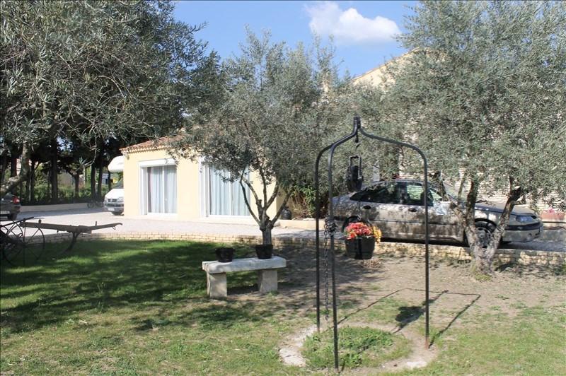 Sale house / villa Monteux 378000€ - Picture 2