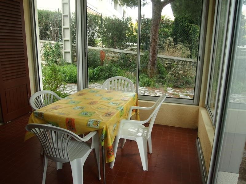 Vacation rental apartment Bandol 370€ - Picture 2