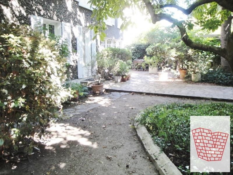 Deluxe sale house / villa Colombes 1045000€ - Picture 3
