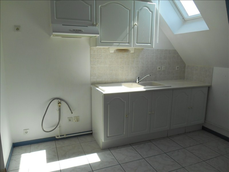 Rental apartment Troyes 380€ CC - Picture 2