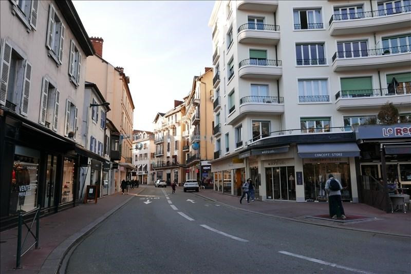 Sale apartment Annecy 200 000€ - Picture 2