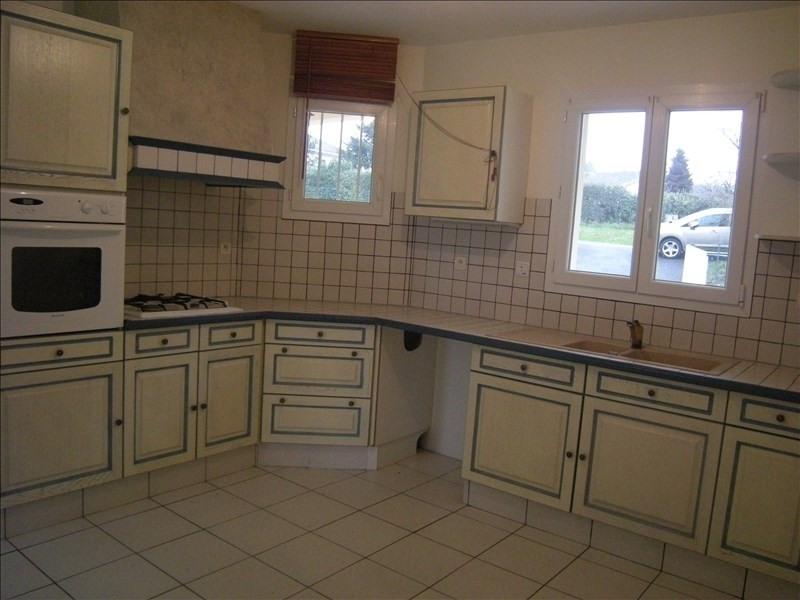 Location maison / villa Colombiers 800€ CC - Photo 2